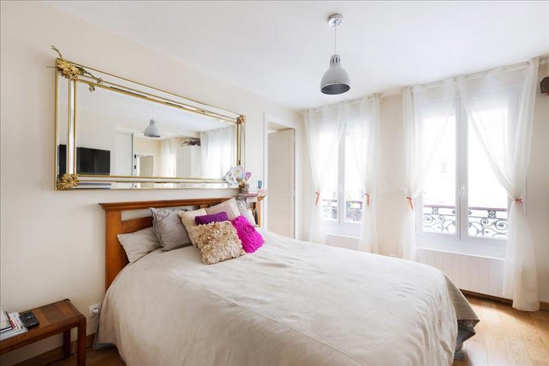 Chambre parent Appartement Michodiere Paris